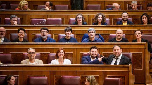 Tremenda bronca y enfrentamiento en el Congreso a la hora de jurar los diputados sus cargos