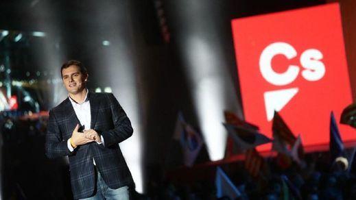 Rebelión interna en Ciudadanos: la dirección impone acuerdos con PP y Vox y algunos sectores la cuestionan