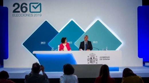Tras los errores en los resultados del 26-M y los nuevos escrutinios, el PSOE conquista León e Ibiza