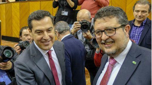 Vox lanza un órdago: tumba, por ahora, el presupuesto de PP y Cs en Andalucía