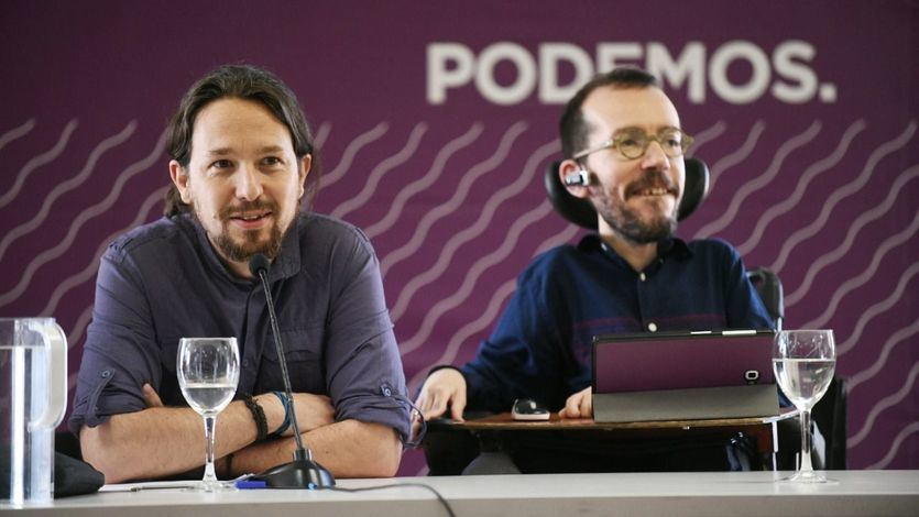 Iglesias destituye a Echenique como secretario de Organización tras la debacle electoral de Podemos