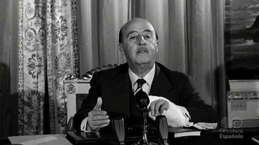 El Supremo no modificará el auto que considera a Franco jefe de Estado desde octubre del 36