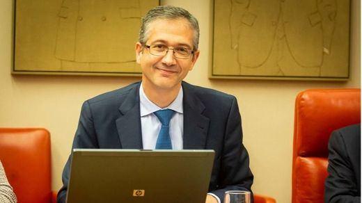 El Banco de España obvia los datos de Empleo y vuelve a criticar la subida del Salario Mínimo