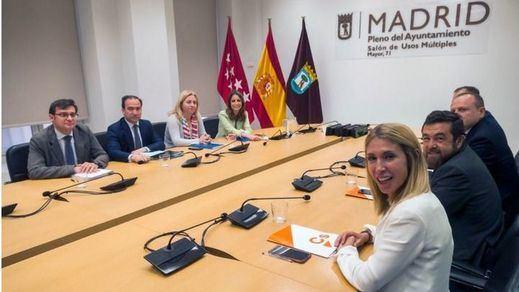 La pugna Villacís-Almeida por la Alcaldía de Madrid enquista las negociaciones de PP y Cs