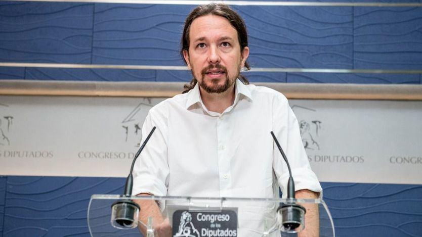 Pablo Iglesias rebaja sus expectativas: ahora sólo pide ministerios 'sociales' para apoyar a Sánchez