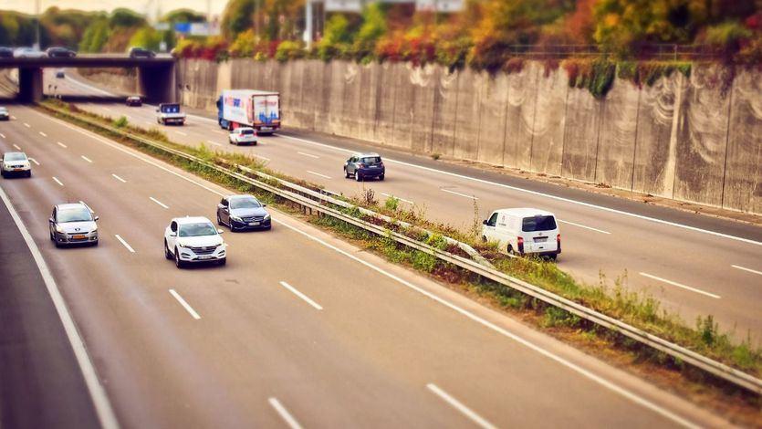 Acuerdo entre El Corte Inglés Seguros y Génesis para la comercialización de una póliza de autos a medida