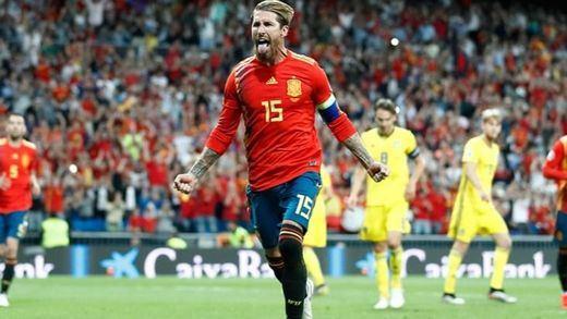Fácil triunfo de La Roja ante una floja Suecia: más cerca de la Eurocopa (3-0)