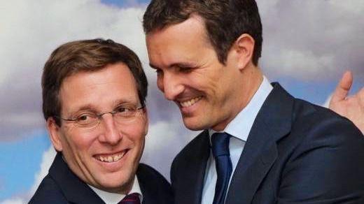 Casado, exultante: 'Los madrileños están más felices con un gran alcalde como Martínez-Almeida'