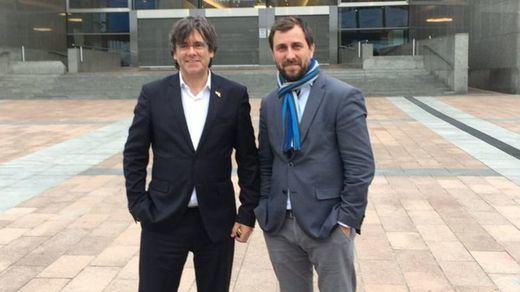 Los huidos Puigdemont y Comín se quedan sin ser eurodiputados al no venir a Madrid a jurar la Constitución