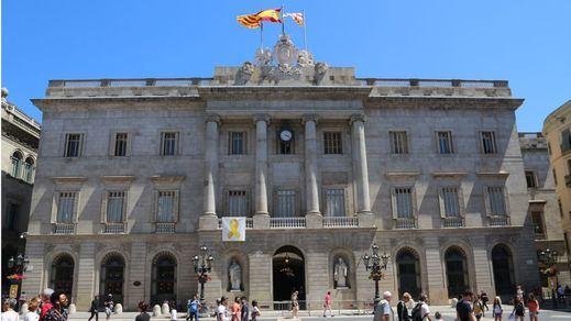 El lazo amarillo vuelve al Ayuntamiento de Barcelona