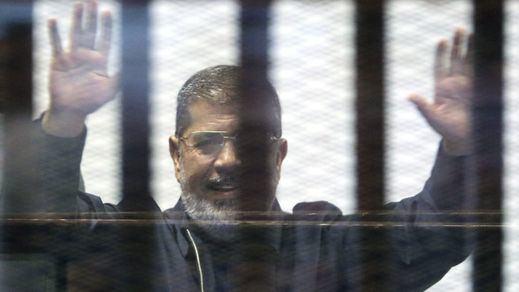 Muere el ex presidente islamista egipcio Mursi, preso desde 2013