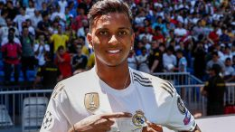 Rodrygo, el nuevo Vinicius del Real Madrid, presentado en el Bernabéu