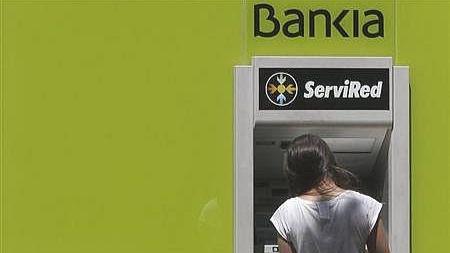 Bankia e ING amplían su acuerdo para el uso gratuito de la red de cajeros