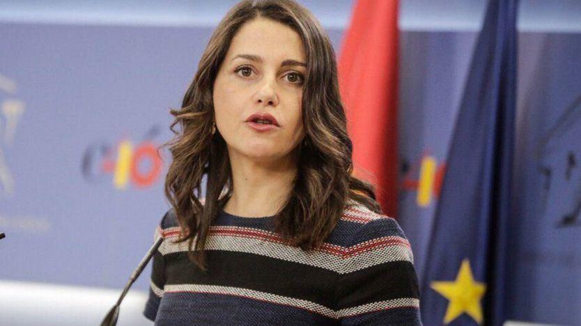 Ciudadanos se desentiende del pacto con Vox: 'Firmamos gobiernos con el PP, no tripartitos'