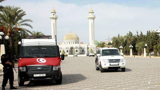 Un doble atentado suicida en Túnez deja, al menos, un muerto y ocho heridos