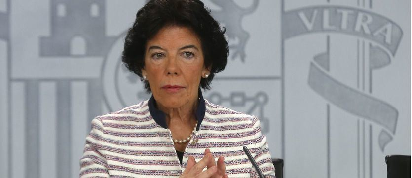 Celaá rechaza la opción de ir con la investidura a septiembre aunque lo deja en manos de Sánchez