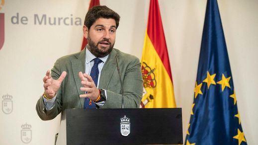 Vox cumple su amenaza y tumba la investidura de López Miras en Murcia