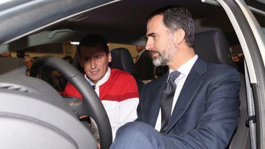 IU pide explicaciones por el coche de lujo que el Estado le ha comprado a la Casa Real