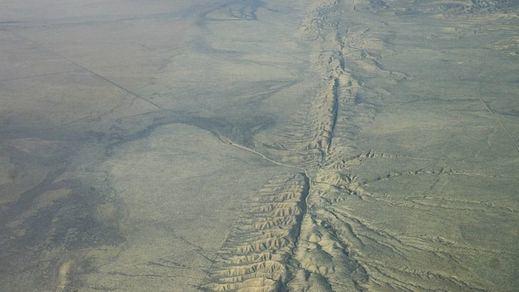 Más terremotos y réplicas sacuden California y hacen pensar en el desastre total, el 'Big One'