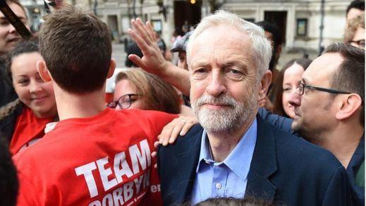 Corbyn reclama un segundo referéndum sobre el Brexit y defiende la permanencia en la UE