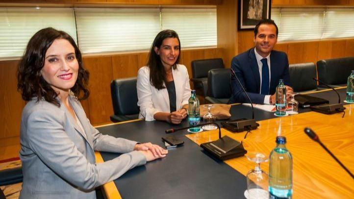 Termina sin acuerdo la reunión a 3 en Madrid entre PP, Ciudadanos y Vox