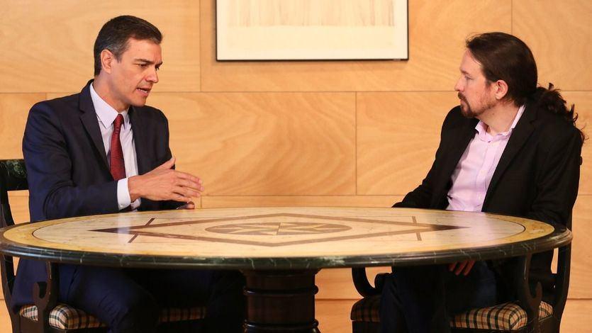 Los españoles prefieren un Gobierno de coalición entre PSOE y Podemos, según el CIS