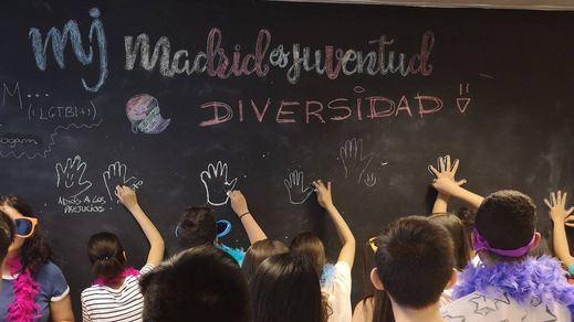 La respuesta de Twitter a la petición de Vox sobre las charlas LGTBI en colegios madrileños