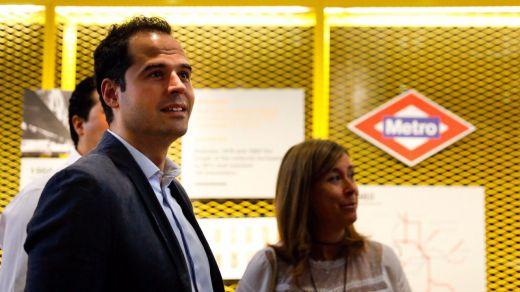 Ciudadanos pide a Sánchez que forme ya gobierno con Podemos y los nacionalistas,