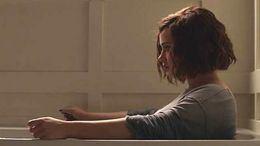 Netflix retira el suicidio de su serie 'Por 13 razones' tras dispararse los casos en EEUU