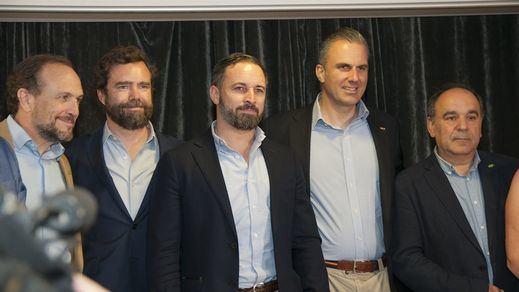 Las razones que llevan a Vox a apoyar a PP y Ciudadanos en Murcia