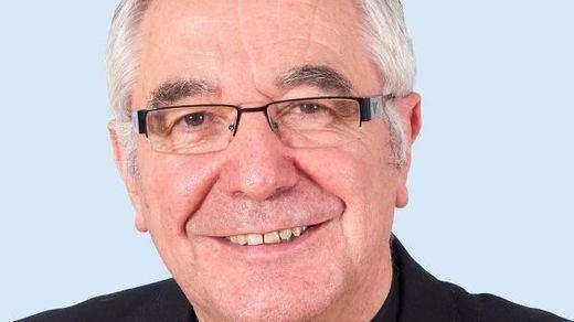 Un obispo prohíbe en Cantabria que se interprete el himno de España en una procesión