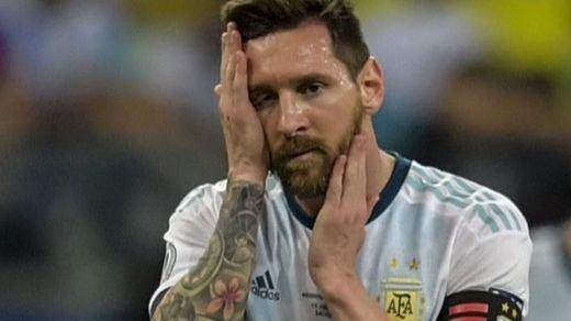 A Messi le salen caras sus acusaciones contra el arbitraje: 3 meses suspendido sin jugar