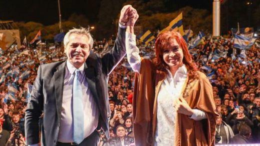 Sorpresa en Argentina: el peronista Alberto Fernández acribilla al presidente Macri en las primarias