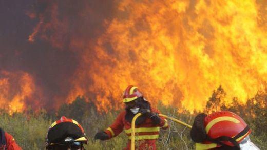 Un millar de personas permanecen desalojadas por el incendio de Gran Canaria
