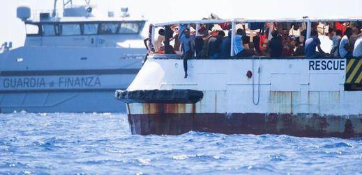 'Open Arms' denuncia que 134 personas siguen