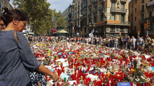 17-A: instituciones y autoridades recuerdan a las víctimas de los atentados de Cataluña