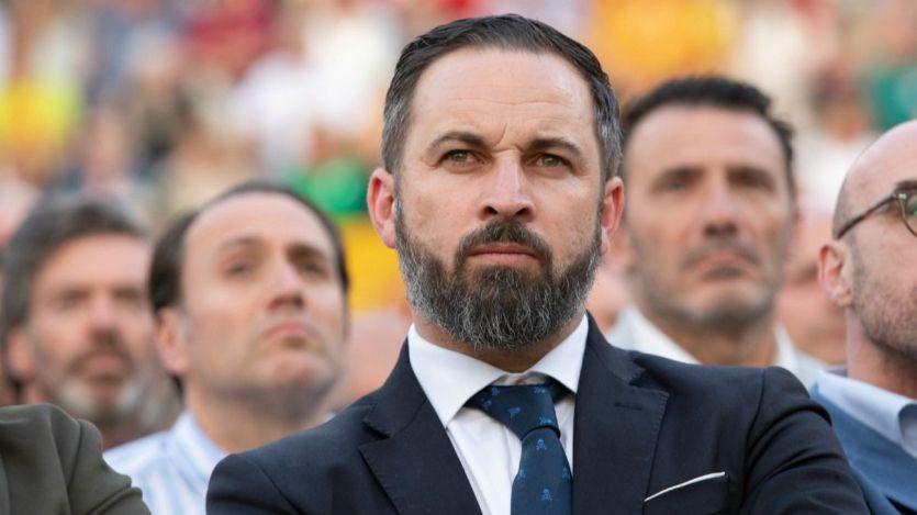 Abascal defiende a Salvini y tacha a Open Arms de 'extrema izquierda', acusándola de comerciar con inmigrantes