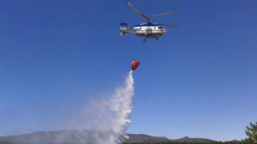 El fuego pierde potencia en Gran Canaria pero el incendio