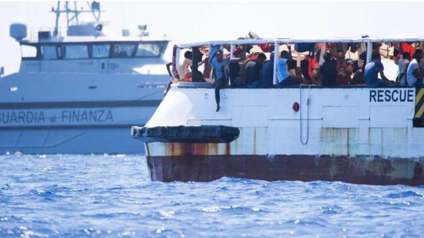 El buque Audaz traerá a España a 15 rescatados por el Open Arms