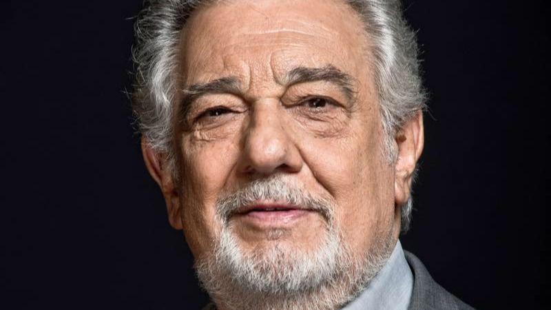Hazte Oír apoya a Plácido Domingo y le considera una 'víctima más' del 'extremismo feminista'