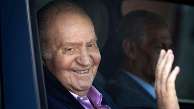 El rey Juan Carlos, estable tras la 'exitosa' intervención quirúrgica