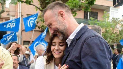 Arde Twitter con el nuevo fichaje de Ayuso: el 'Hermano Mayor' Pedro García Aguado