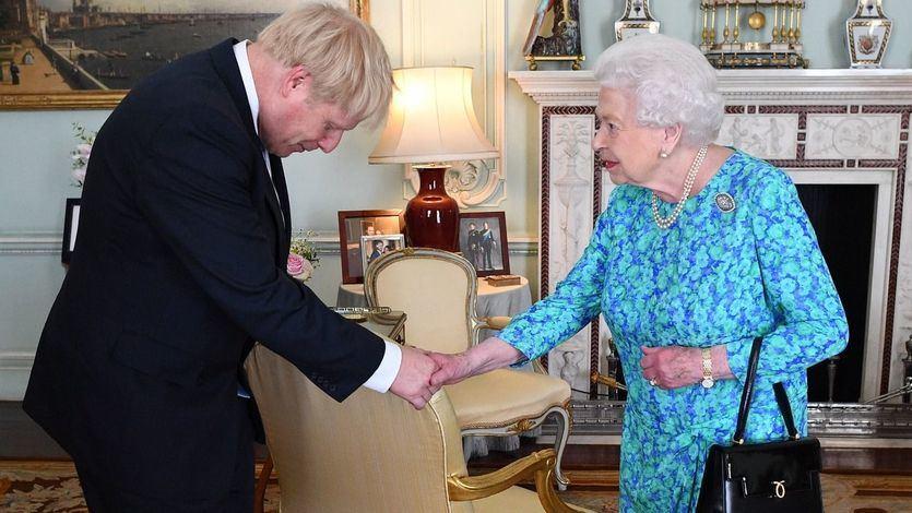 La reina Isabel II aprueba la maniobra de Borish Johnson para que llegue el Brexit sin acuerdo