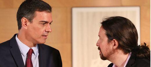Sánchez e Iglesias calientan la reunión de los equipos negociadores de la investidura