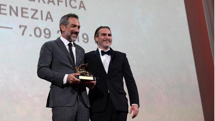 El 'Joker' de Joaquin Phoenix y Todd Phillips se lleva el León de Oro en Venecia