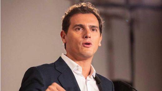 Rivera asegura que los votantes de Cs quieren mantener el veto al PSOE