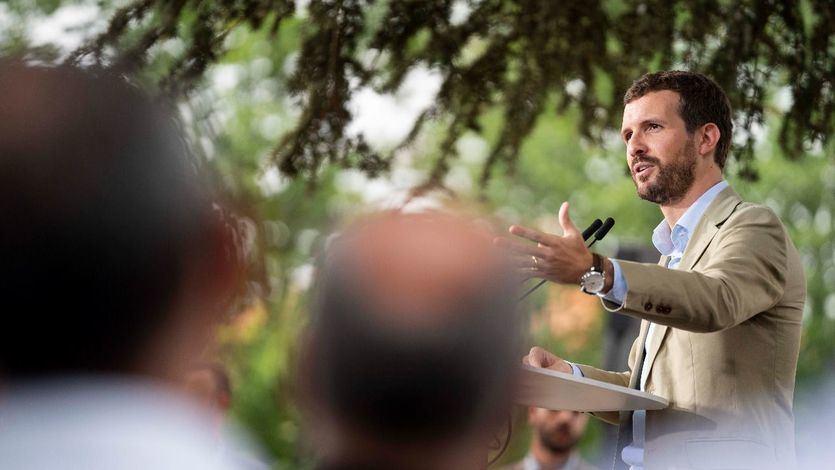 Casado llama 'radical' a Sánchez e 'irresponsables' a Rivera y Abascal