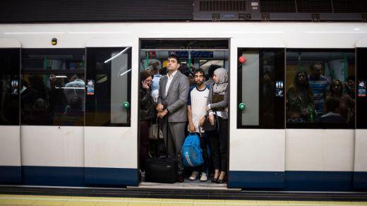 Viajar en Metro supone contaminar cinco veces menos que hacerlo en vehículo privado