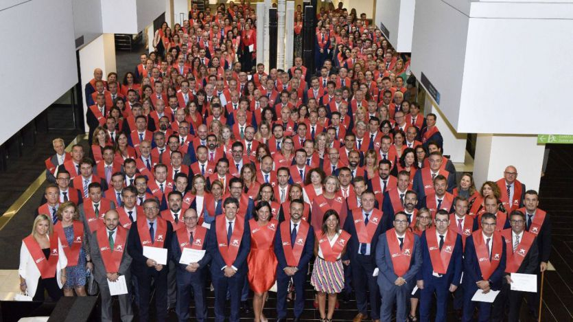 Empleados de CaixaBank graduados en el Máster en Negocio Bancario y Gestión y asesoramiento de clientes de la Universitat Pompeu Fabra