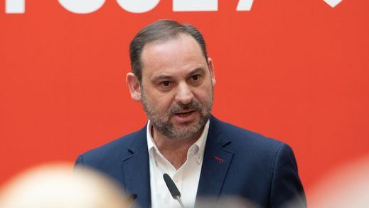 Ábalos cambia el discurso del PSOE: ahora sí les vale el 'apoyo gratis' de Podemos